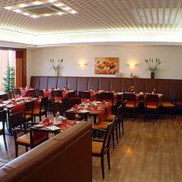 Continental-Bonn-Breakfast_room-2-16175.jpg