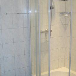 Middelpunkt_Sporthotel-Aurich-Badezimmer-3-16450.jpg