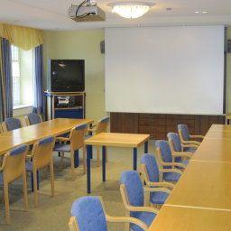 Middelpunkt_Sporthotel-Aurich-Tagungsraum-1-16450.jpg