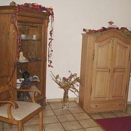 Lamm_Gasthof-Feuchtwangen-Hotelhalle-16694.jpg