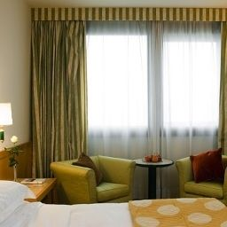 Starhotels_President-Genoa-Room-7-18648.jpg