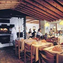 Brienzerburli-Brienz-Restaurant-2-19301.jpg
