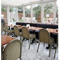 Breakfast room Charlotte Guest House London (England)