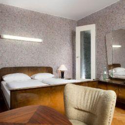 Days_Inn-Kassel-Room-5-20854.jpg