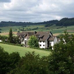 Sonneck-Knuellwald-Aussenansicht-3-20839.jpg