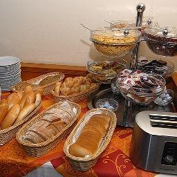 Petit-déjeuner buffet Opera