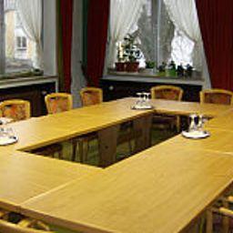 Loewenbraeu_Braugasthof-Bad_Woerishofen-Conference_room-1-23066.jpg