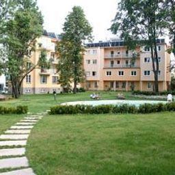 Stefanie-Bad_Voeslau-Garden-4-23181.jpg
