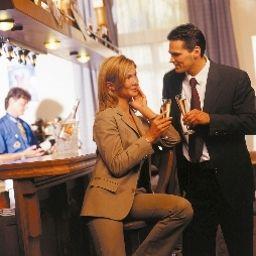 Bar del hotel Bayrischer Hof