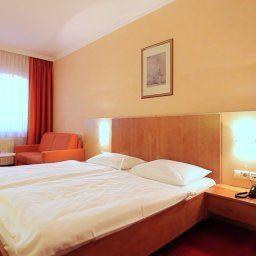 Klaus_im_Weinviertel-Wolkersdorf_im_Weinviertel-Superior_room-24021.jpg