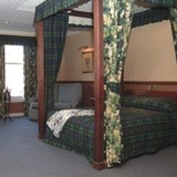 Comfort room Salutation