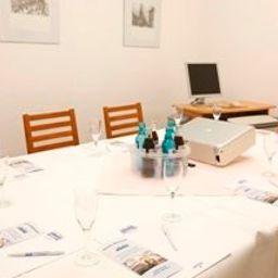 Elbotel-Rostock-Seminar_room-24286.jpg