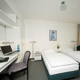 Elbotel-Rostock-Room-5-24286.jpg