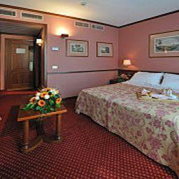 Hermitage-Milan-Junior_suite-24398.jpg
