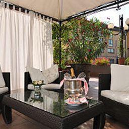 Hermitage-Milan-Terrace-24398.jpg