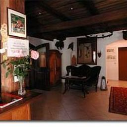 Moenig-Boeblingen-Interior_view-25064.jpg