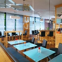 Sheraton_Muenchen_Airport-Oberding-Hotel_bar-1-25135.jpg