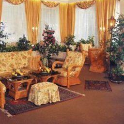 Vestíbulo del hotel Schlosshotel Oth