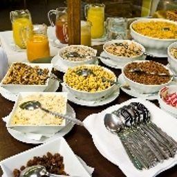 Petit-déjeuner buffet Graben