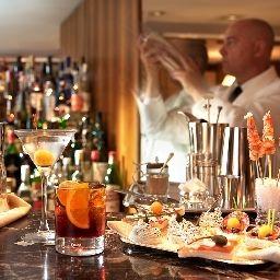 Cavour-Milan-Hotel_bar-3-25458.jpg