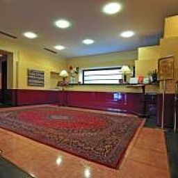 Vestíbulo del hotel Best Western Luxor
