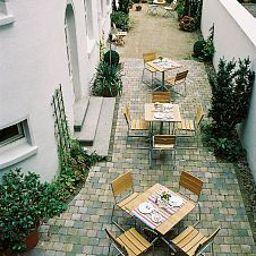 Aigner-Bonn-Garden-26767.jpg