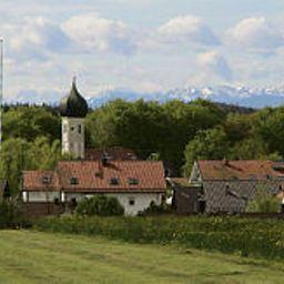 Strobl-Baierbrunn-Surroundings-27314.jpg