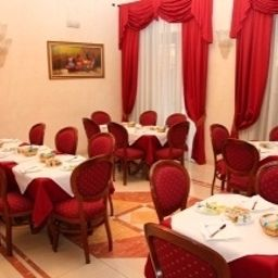 Breakfast room Nizza Turin (Piemont)