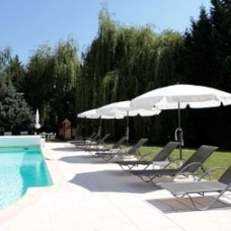 Piscina Les Jardins d´Adalric