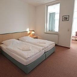 Stoertebeker-Sellin-Room-6-30377.jpg