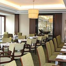 Corinthia_Hotel_St_Petersburg-Sankt-Peterburg-Restaurantbreakfast_room-30592.jpg