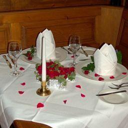 Wein-Castell-Edesheim-Restaurant-30951.jpg
