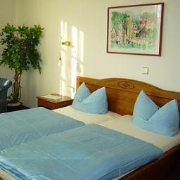 Wein-Castell-Edesheim-Room-1-30951.jpg