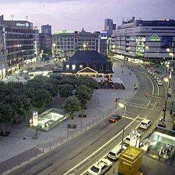 Zentrum-Frankfurt_am_Main-View-30986.jpg