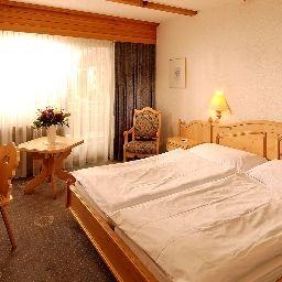 Bristol_Adelboden-Adelboden-Room-2-30987.jpg