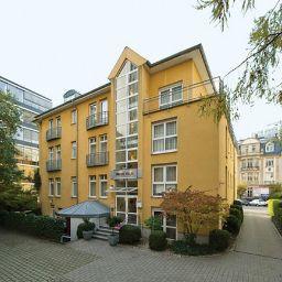 Exterior view NH Frankfurt Villa