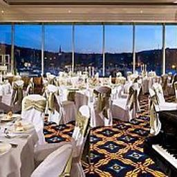 Budapest_Marriott_Hotel-Budapest-Room-18-31213.jpg