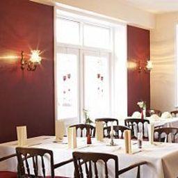Zur_Linde_Hotel-Meldorf-Restaurant-31234.jpg