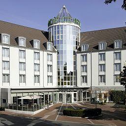 Lindner_Hotel_Airport-Dusseldorf-Exterior_view-2-31212.jpg