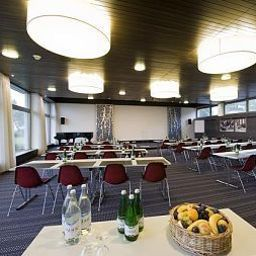 Hotel_SEEBLiCK-Emmetten-Conference_room-3-32039.jpg