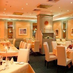 Amadeus-Frankfurt_am_Main-Restaurant-2-32253.jpg