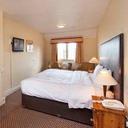 Cromwell_Lodge-Banbury-Room-5-32794.jpg