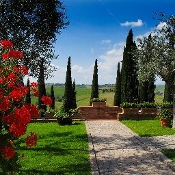 Outdoor view Borgo Tre Rose Montepulciano (Siena)