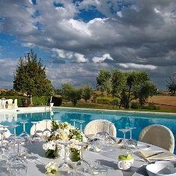 Borgo_Tre_Rose-Montepulciano-Pool-2-34212.jpg