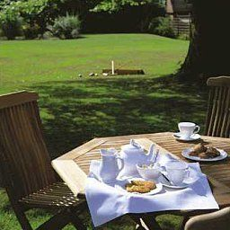 Colwall_Park-Great_Malvern-Garden-34385.jpg