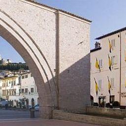 Roma-Assisi-Exterior_view-2-35066.jpg