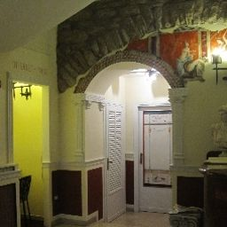 Roma-Assisi-Hall-1-35066.jpg