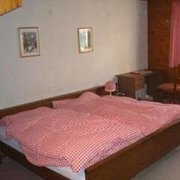 Simmental-Boltigen-Room-2-35854.jpg