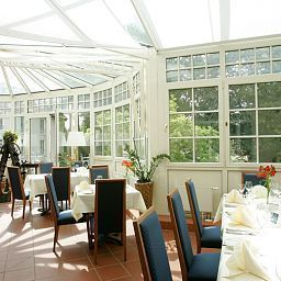 Welcome_Parkhotel-Meissen-Restaurantbreakfast_room-1-36440.jpg