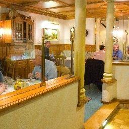 Linde-Esslingen-Restaurant-5-36484.jpg